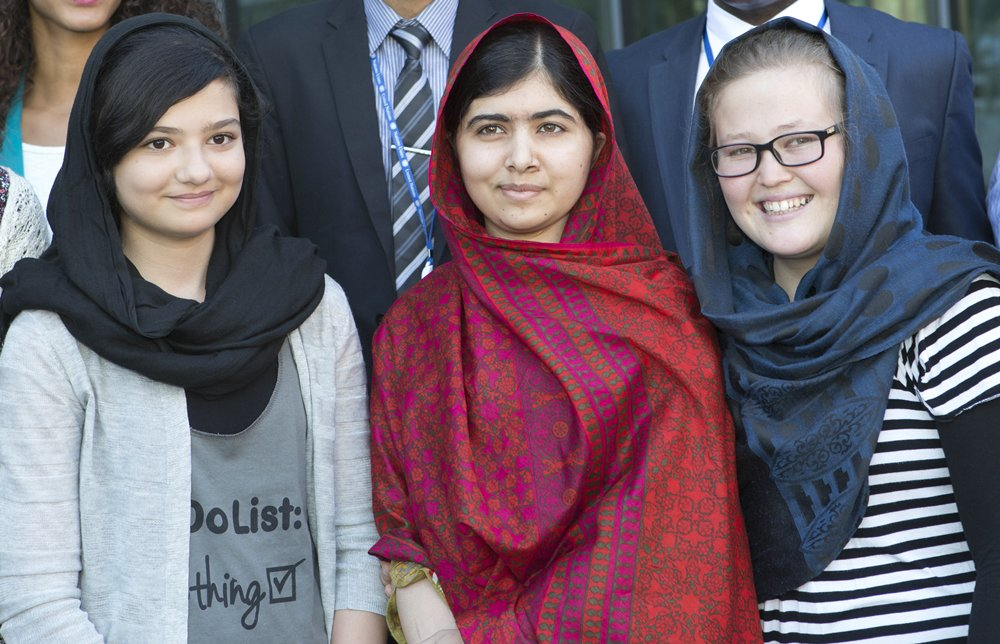 _Malala-Yousafzai_Nobel-Peace-Prize_04_Celebrity__rs