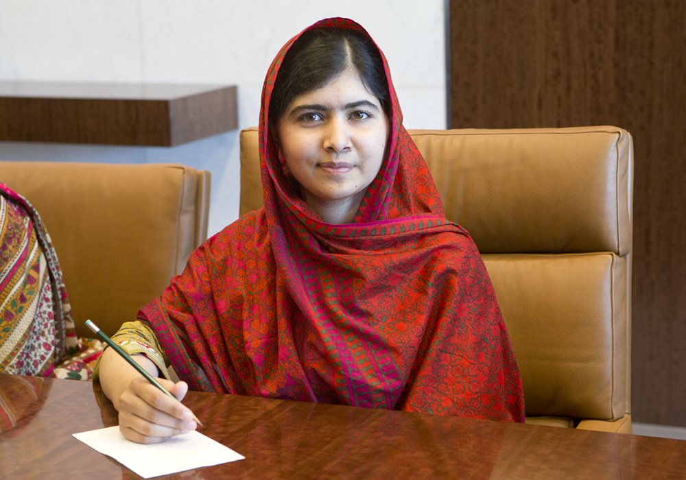 _Malala-Yousafzai_Nobel-Peace-Prize_3_Celebrity__rs