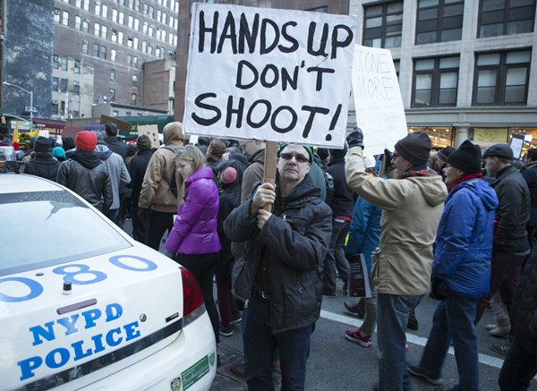 Protesters March on 6th Avenue to Stop Police Brutality