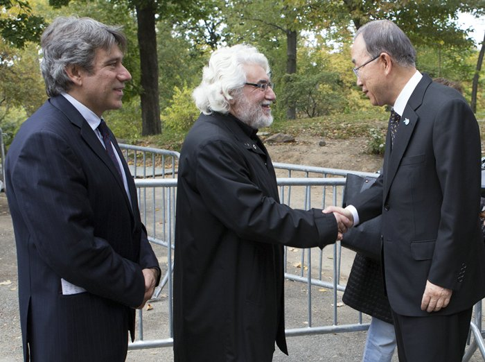 Central Park, New York, USA - Secretary General Ban Ki-moon (R), Spanish artist Cristobal Gabarron (C) his Son Cris Gabarron (Left) along with United Nations Top Officials attend today October 24 2015 in Central Park New York the Opening of Enlightened Universe a Sculpture commemorating the 70th Anniversary of the UN. (Photos by: Luiz Rampelotto/EuropaNewswire)
