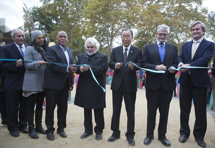 Central Park, New York, USA - Secretary General Ban Ki-moon, Spanish artist Cristobal Gabarron his Son Cris Gabarron along with United Nations Top Officials attend today October 24 2015 in Central Park New York the Opening of Enlightened Universe a Sculpture commemorating the 70th Anniversary of the UN. (Photos by: Luiz Rampelotto/EuropaNewswire)