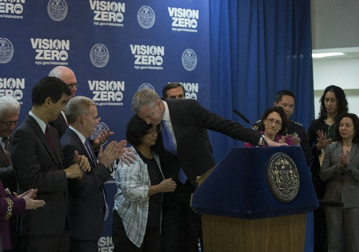 Mayor Bill de Blasio along with Polly Trottenberg, Commissioner of the New York City Department of Transportation, NYPD Chief of Transportation, Thomas Chan host a press conference announcing the Vision Zero End of 3rd Years Numbers at Razi School in Woodside, New York Tuesday January 19, 2016. Photo by: Luiz Rampelotto/EuropaNewswire