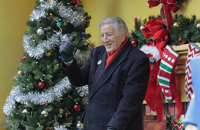 Central Park West, New York, USA, 24th November, 2016 - Singer Tony Bennett participate on the 90th Macys Thanksgiving Day Parade today in New York City.  Photo: Luiz Rampelotto/EuropaNewswire